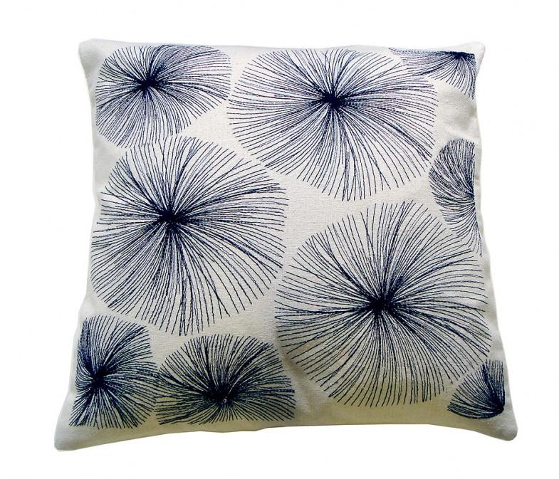 VIERI embroidery silk cushion / Studio Elina Helenius production